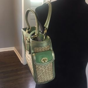Coach Bags - 2005 Coach Straw Boxi Tote, woven natural straw!